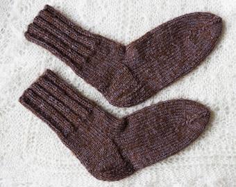 100 % organic, hand made knitted socks