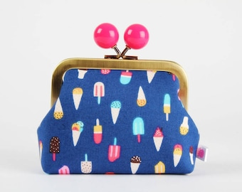 Metal frame coin purse with color bobble - Ice cream in regatta - Color dad / Life is a beach / Ice cones / Pink yellow blue red