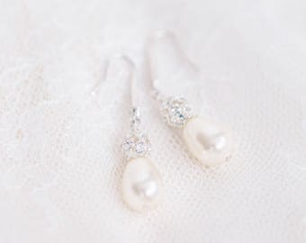 Bridal Drop Earrings, Teardrop Pearl Earrings, Pearl and Crystal Earrings for the Bride, Wedding Earrings