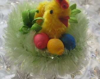 Czech Republic Spun Cotton And Chenille Chick On Nest Easter Decoration