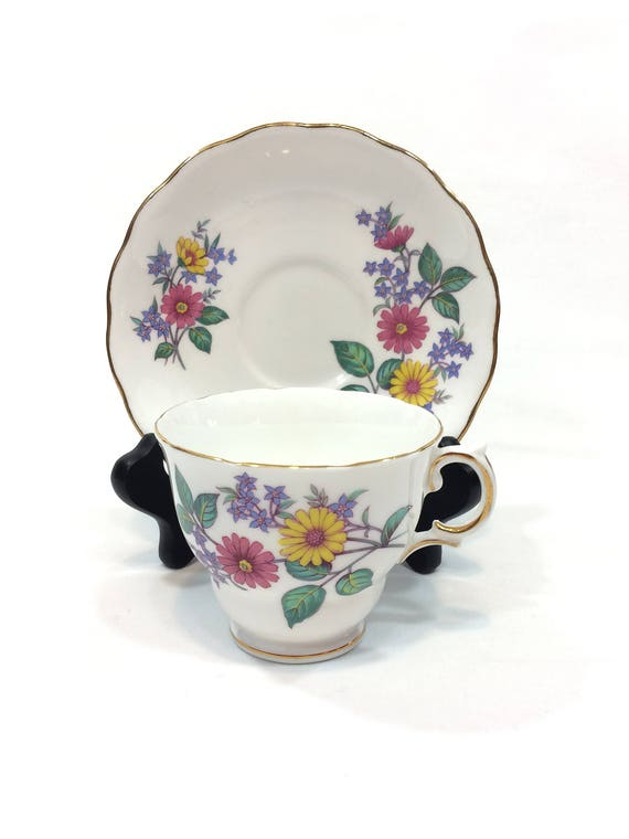 Bone China Tea Cup Saucer, Royal Vale English Teacup, Pink Yellow Purple Blue Daisy Flowers, Shabby Chic Cottage, 1950s Vintage China