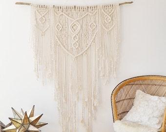 Extra Large Macrame Wall Hanging / Modern Macrame / Wall Art / Boho Wall Hanging / Wall Tapestry / Macrame Tapestry / Bohemian Decor