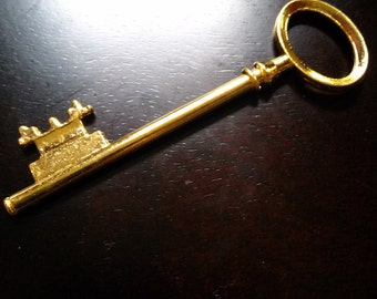 "Large Skeleton Key Pendant Shiny Gold Traditional 80mm (3"") Large Key"