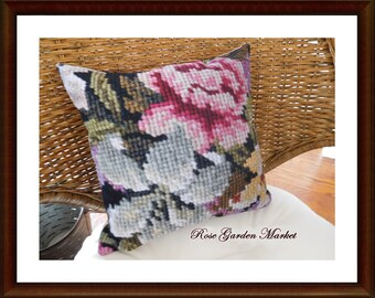 Photo Art Pillow in Needlepoint Design, Home Accent, Display, Gift, Collectible, ECS