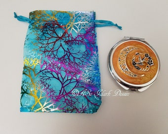 Bag or Pocket mirror made with pouch