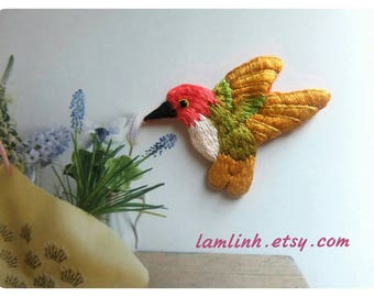 The embroidered bird brooch pin - Embroidered Brooches, Miniature bird Pin