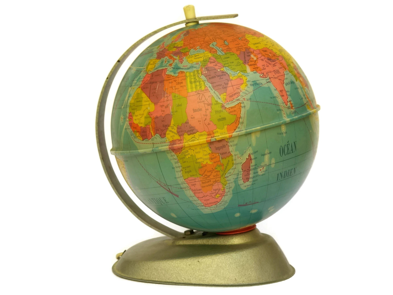 Vintage World Globe Desk Lamp. Illuminated Map Globe Lamp. Vintage Bedside  Lamp.