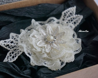 Hair Clip - Ivory Lace Flower - Floral Clip - Bridal Lace Hair Piece - Ivory Wedding Hairpiece - Lace Headpiece - Bridal Hair Accessories