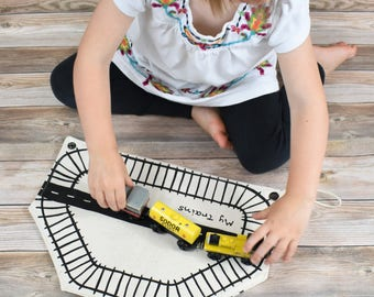Organic Train Storage Bag, Natural Train Roll, Eco Birthday Gift, toddler train gift, eco-friendly toys, waldorf toy, pretend play,