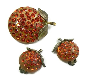 Vintage Forbidden Fruit Lucite and Rhinestone Orange Demi Parure. Unique vintage, antique costume, estate jewelry