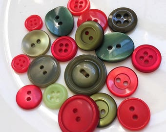 eco friendly red and green Christmas non decorative buttons--mixed lot of 19