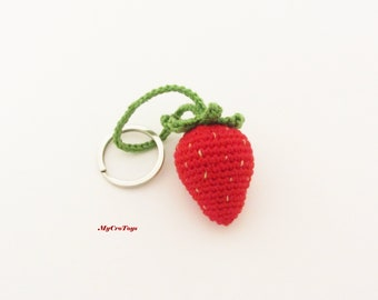 Crochet keychain. Strawberry bag decor. Strawberry keyring. Summer berries. Amigurumi keyring. Fruit keychain. Crochet red berry.