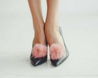 Real fur shoe accessories / Real Fur pompom / Fur accessories for shoes/ Pom Pom Shoe Clips /Pom Pom Shoe Clips / shoe poms / fur shoe clips