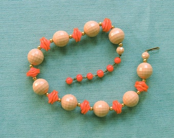 Vintage 1960s | Mod, chunky, beaded necklace | Tan and Orange
