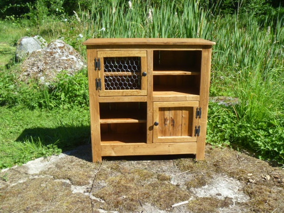Rustic Pallet Cabinet With Chicken Wire Door Jelly Cabinet