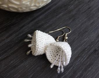 Ivory Bridal Earrings, Crochet Earrings, Bellflower Earrings, Unique Earrings, Natural Jewelry, Wedding Earrings, Crochet Jrewelry, Cotton