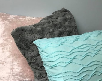 Set of Two - Decorative Throw Pillows