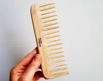 100% Natural High Quality Sustainable Eco Friendly Bamboo Wooden Detangling Healthy Vegan Hair Brush Comb