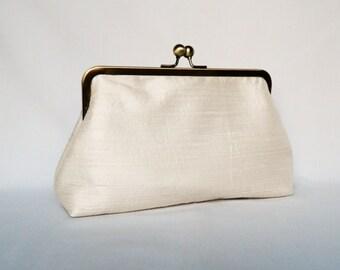 Bridal clutch purse, Ivory Dupioni Silk Clutch Purse, Wedding Clutch Purse, Ivory Silk Clutch,Bridesmaids Clutch