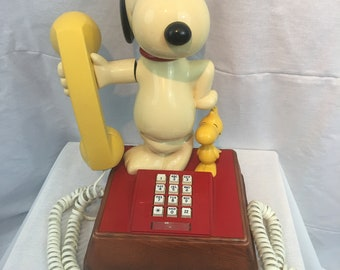 Peanuts Snoopy & Woodstock Touch Tone Phone