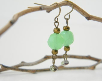 Minty - Handmade beaded brass green dangle earrings/ green earrings/ beaded earrings/ dangle earrings/ boho earrings/small earrings/green
