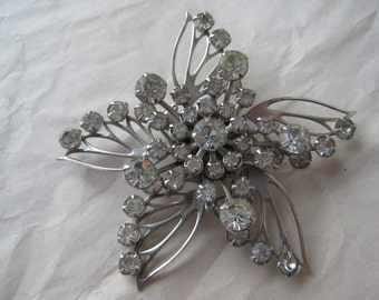 Star Flower Silver Rhinestone Brooch Vintage Pin Clear