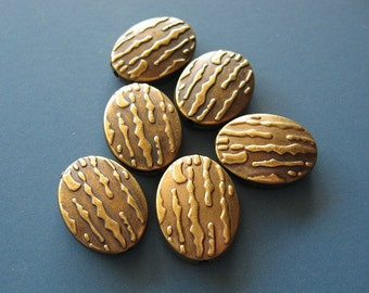 6 pcs Antique Gold Embossed Metalized Oval Bead