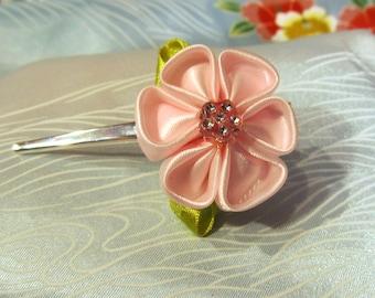 Tsumami Kanzashi rose flower hair clip