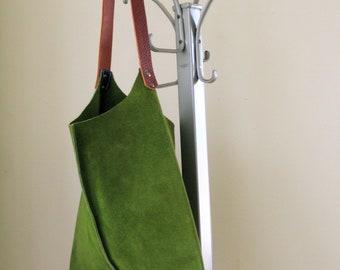 LAST ONE 13in Wedge - Leaf Green Suede