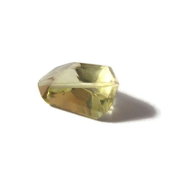 Stunning Quartz Bead, One Laser Faceted Green Gold Quartz Nugget Gemstone for Making Jewelry, 12mm x 10mm - 13mm x 12mm (Luxe-GG1)