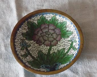 "Antique White Cloisonne Enamel Bronze Small Dish Chrysanthemum 3"" Chinese Cloisonne Vintage"