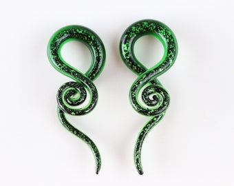 Evergreen Glass Hanging Twisters (5mm - 12mm) (Pair) - G010