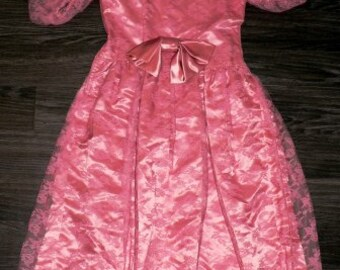 vintage dress ... BIG BOW Party Princess Vintage oh so PINK Sweet ..