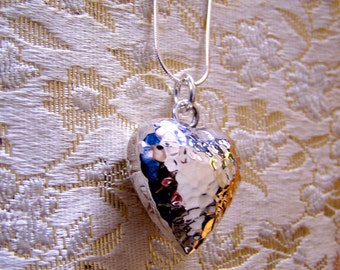 """Vintage 80's """"PUFFED HEART PENDANT"""" 2 Sided Hammered Style Pendant"""
