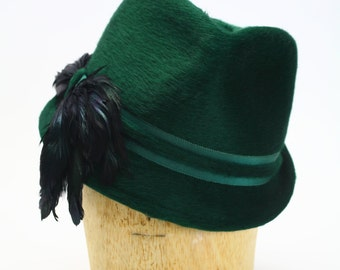 Green Beaver Fur Felt Fedora Hat with Grosgrain Band and Black Coq Feathers #Millinery #Women Hats