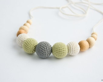Petite Nursing Necklace - Gray&Pistachio, juniper - Wooden Teether, Teething Necklace, New Mom Gift - N006