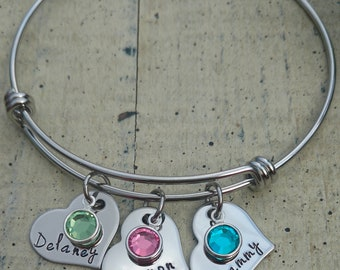Hand stamped Expandable bangle /  Name Bracelet with birthstones / Family wire bracelet / Child's name Mom Personalized Bracelet