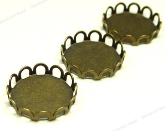 12mm Antique Bronze Plated Brass Cabochon Settings - 12pcs - Flat Round Trays, Scalloped Lace Edges - BG25