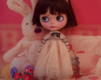 SALE!  Pretty dress with knitted top part for Blythe or Pullip