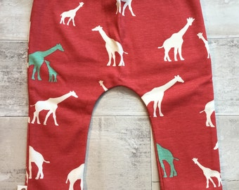 READY TO SHIP Coral Giraffe organic baby leggings by RBLeggings