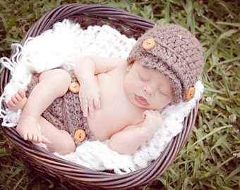newsboy hat and diaper cover set for newborns- photography prop, baby shower gift