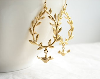 Laurel Wreath Earring ~ Matte Gold Leaf with a Bird ~ Leaf Earrings ~ Bird Earrings ~ Bridesmaid Earrings ~ Bird on Branch ~ Bird Earrings