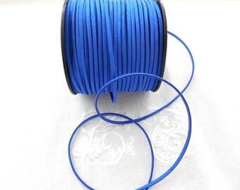 Tough 3 mm iridescent blue suede.