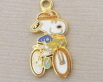 Aviva Vintage Snoopy Biking with Blue Sprocket Charm Enamel Cloisonne  0048