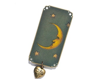 Green Moon Brooch - Moon Brooch - Green Brooch - Celestial Brooch - Celestial - Moon - Moon and Stars - Night Sky - Ancient Symbols - Locket