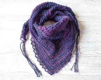 Purple Scarf, Crochet Scarf, Bandana scarf, purple cowl, Roadtrip scarf, triangle
