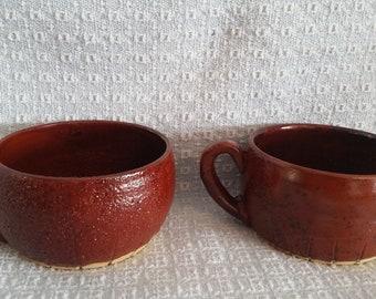 Pottery soup mug set
