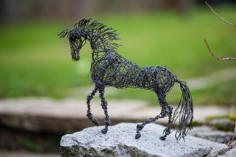 Metall-Skulptur Drahtkunst Pferdeskulptur Miniatur-Tiere