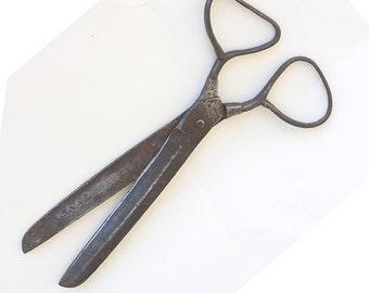Antique scissors Hand forged iron scissors Antique handmade tool Unusual shape Shear Rare Collectible scissors Rustic decor Farmhouse