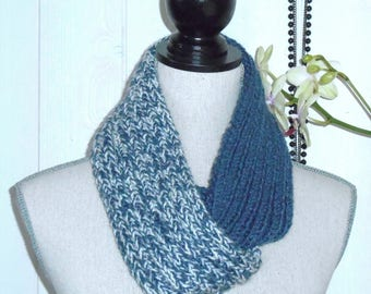 Blue and ecru hand knitted wool Snood.